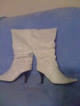 REDUCED!New,sz.8,sexy white boots in Leesville, Louisiana